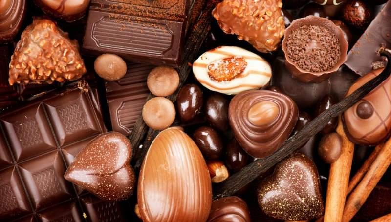приснилось, что кто-то дарит вам большой набор шоколадных конфет