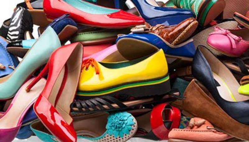 много разных туфель